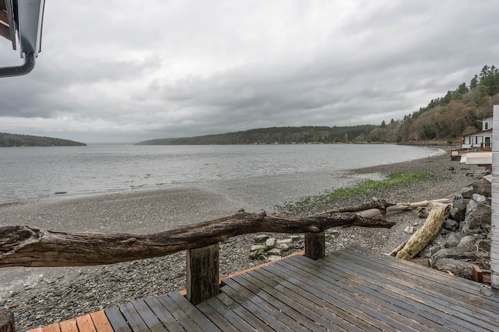 Vashon South Facing Water View Home