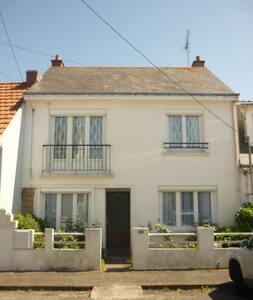 Maison proche mer et centre ville - La Turballe