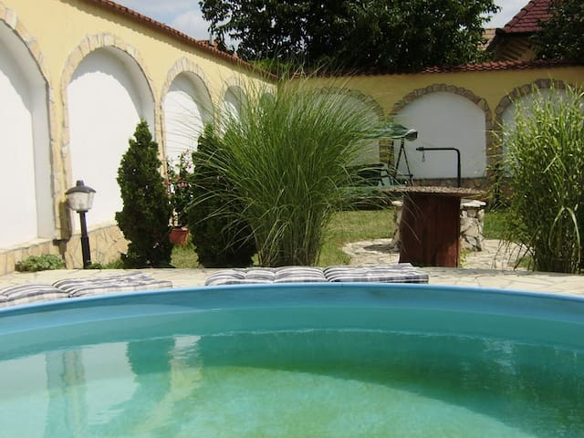 Leafy and traquil with garden pool