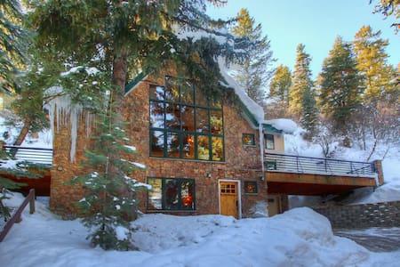 Gorgeous Mountain Home at Sundance