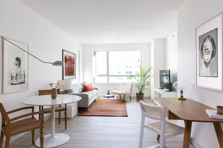 Sonder | 8th Apartments | Playful 1BR + Rooftop