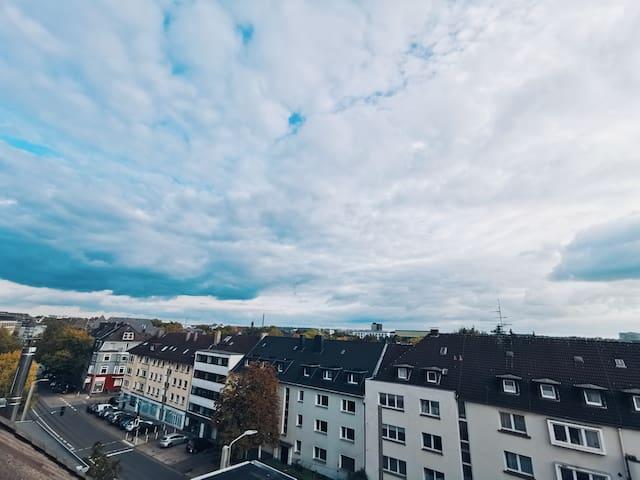 Große & helle Wohnung in Top-Lage: Messe & UKE