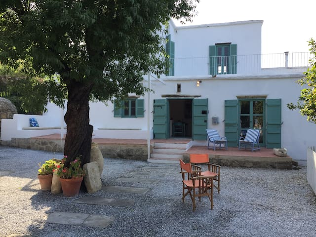 Villa Mare - stunning sea views