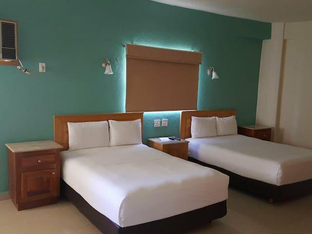 Hotel room in Cabo San Lucas HDC
