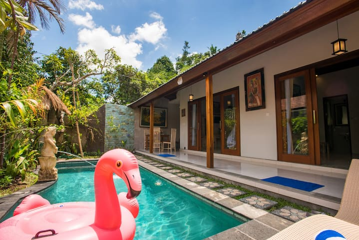 "New villa ""I LOVE YOU-II"": inhale Bali vibe!"