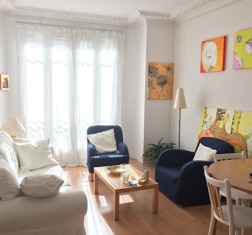 CHARMING FLAT IN THE 15TH - Pariisi - Huoneisto