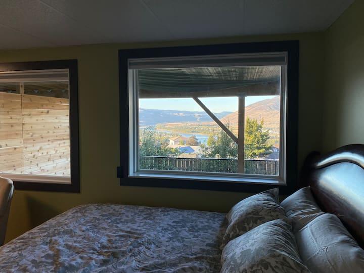 Private Room Overlooking Kamloops