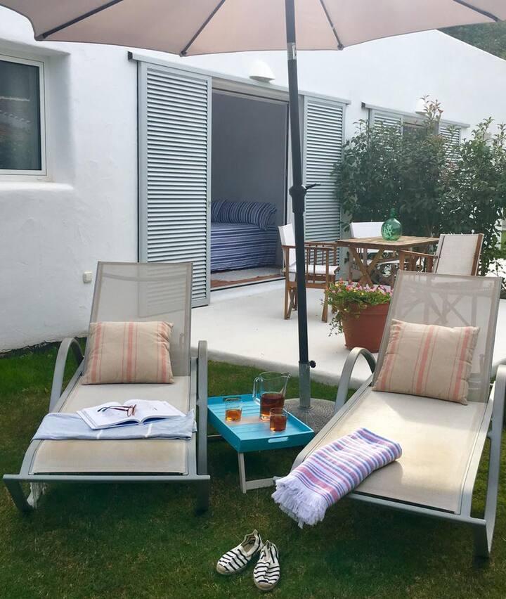 Habitación privada con jardín , Cama doble