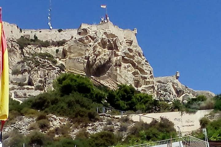 La Torre barrio de Santa Cruz en Alicante