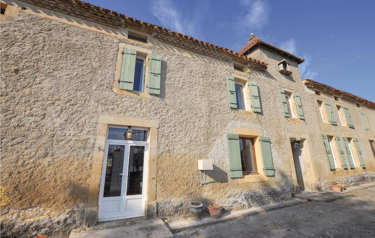 Terraced house with 6 bedrooms on 144m² in Belpech