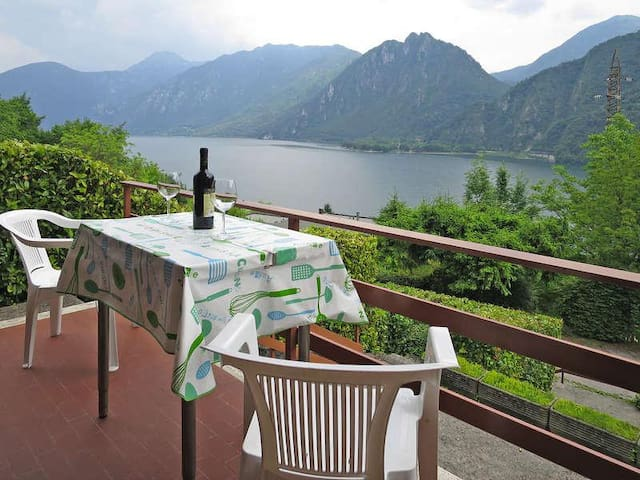 Casa Barbara - Lake Idro - Beautiful View - Idro - Stadswoning