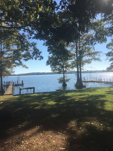 Cozy camper on waterfront lot w/ Amazing View! - Cobb