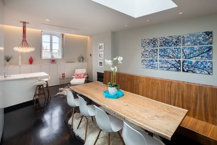 West Village 2 Bed & Private Roof