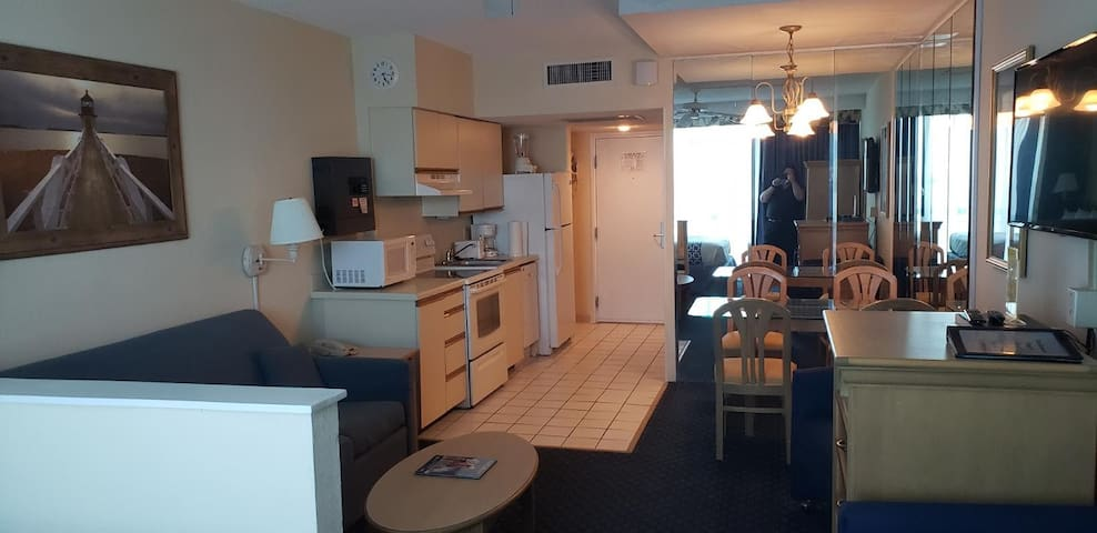 Oceanfront Efficiency Suite, Myrtle Beach (Cutter)