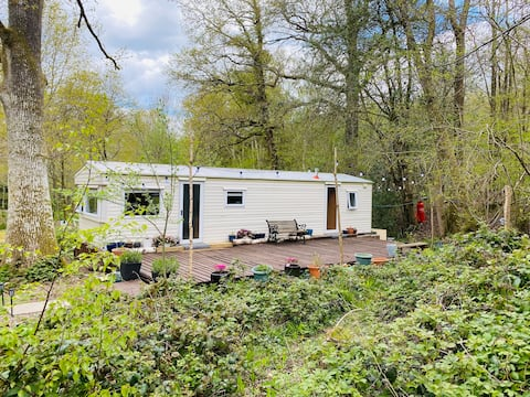'Hideaway' nestled in a beautiful woodland estate