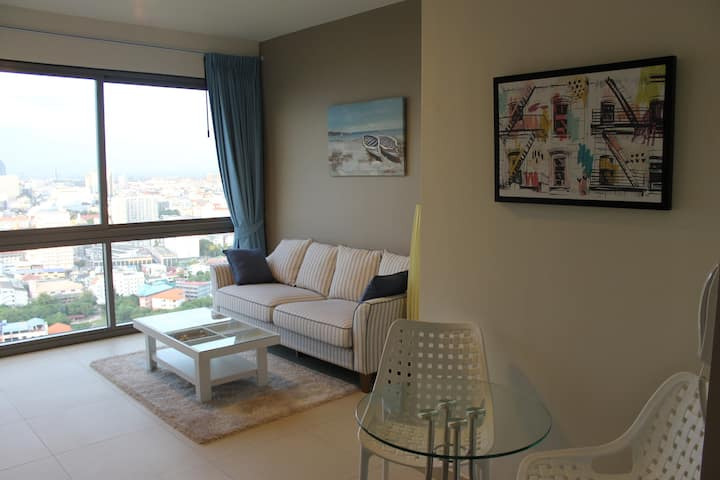 UNIXX Condo, Amazing view, High floor, central