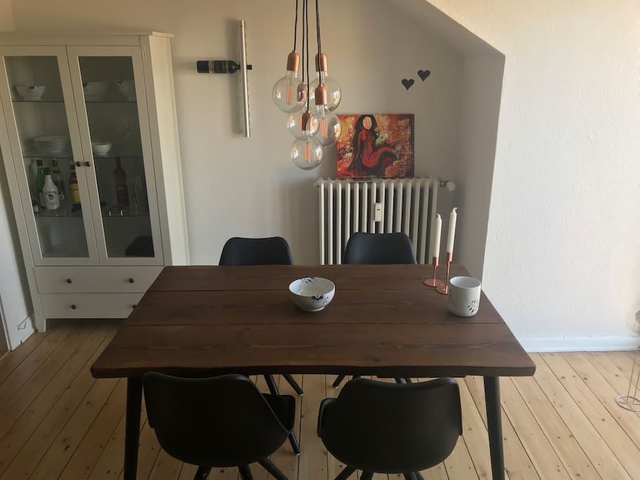 Dinnertable in the livingroom