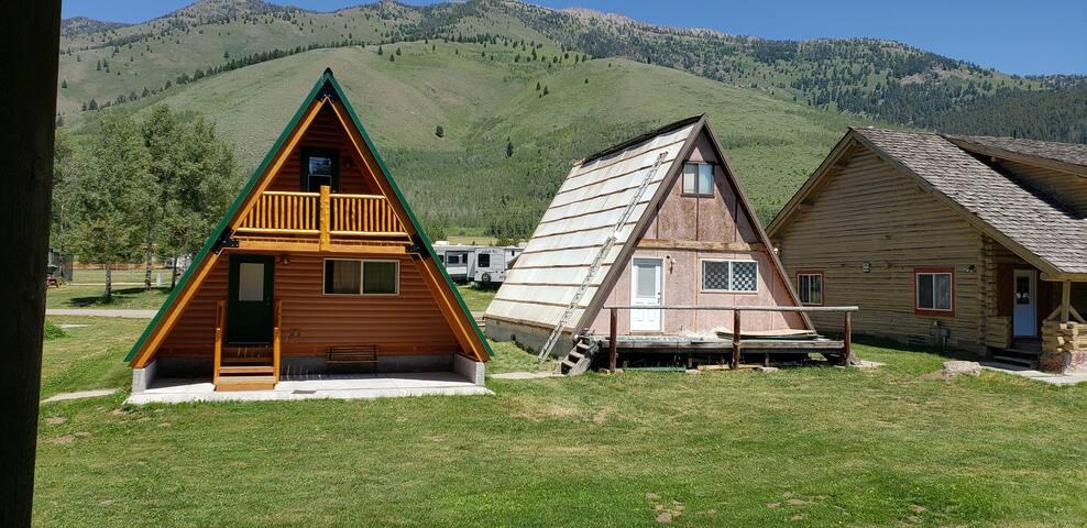 A frame cabin 2