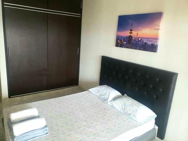 Habitación linda/Room Confortable, con Aire A.