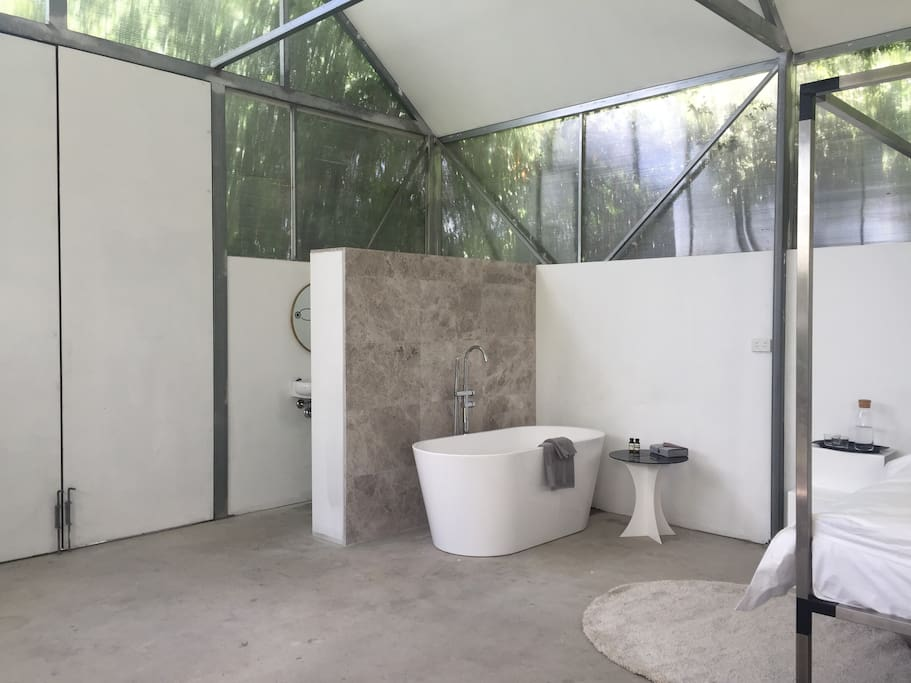 nice turkish marble bath area