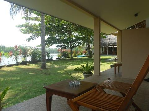 Room Barat at Villa Dahon in Batu Karas