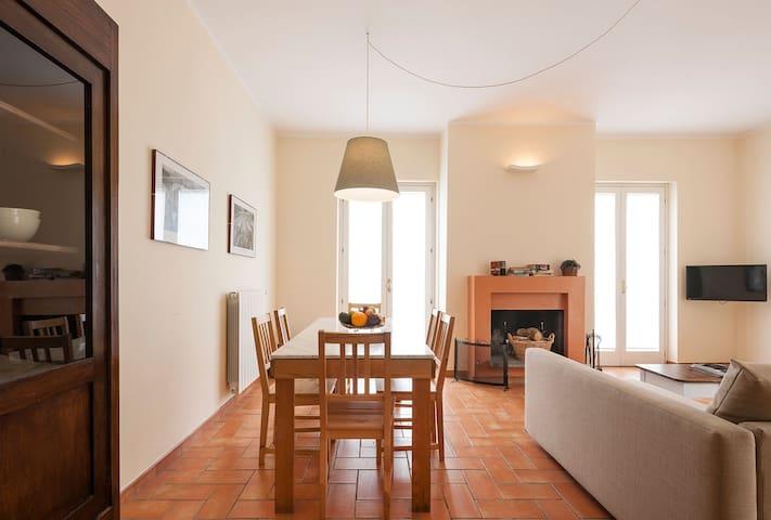Le Caiole - Appartamento NOCCIOLO - Capranica - Apartemen