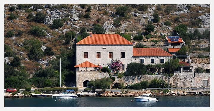 Historic seaside villa with swimming pool