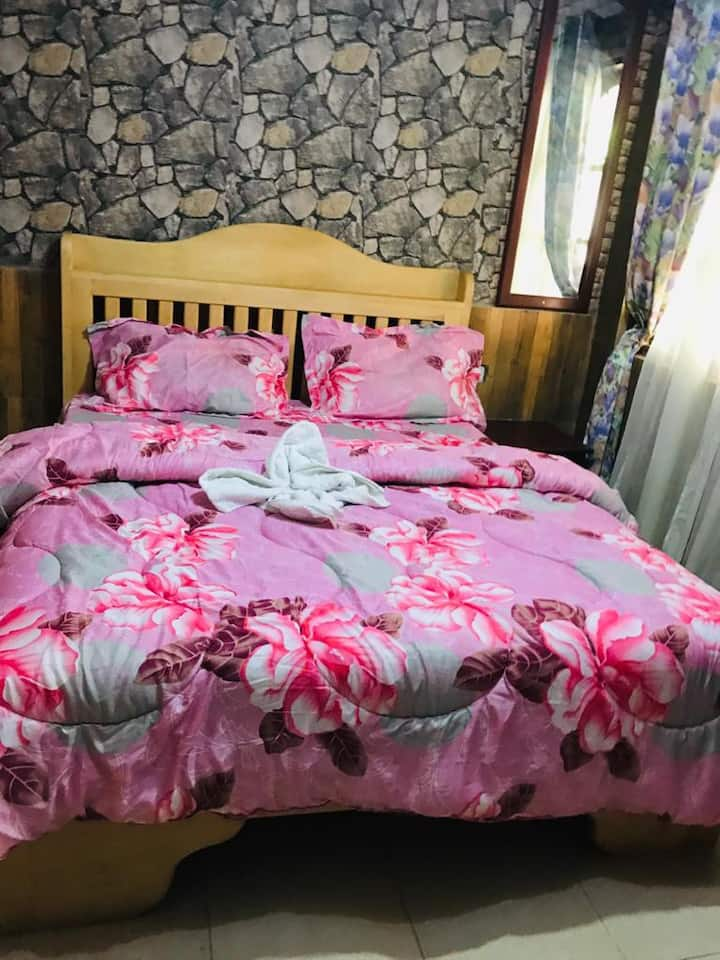 In-Africa Stay (single bed)