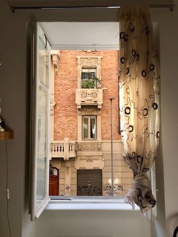 Cozy studio apartment in San Salvario, Turin