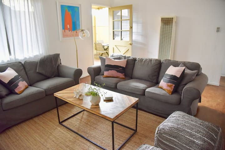 Entire Apartment  Venice | Abbot Kinney steps away
