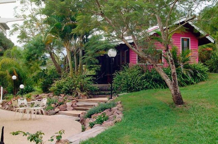Jacaranda Country Guest Cottage - Mooloolah Valley - 民宿