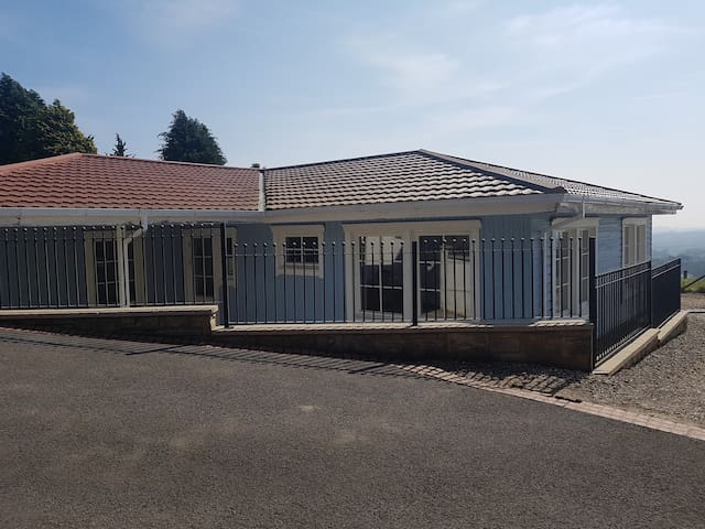Lovely Bungalow in Lisvane with Panoramic views