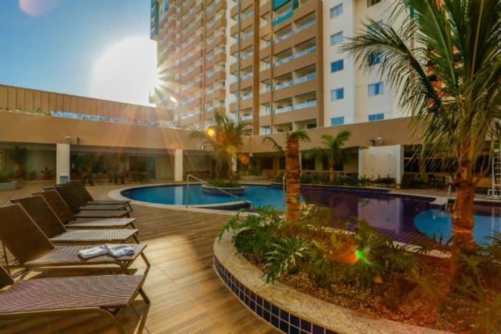 Apartamento no Olimpia Park Resort até 6 pessoas.