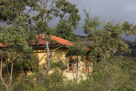Casa Comuna. Natureza e Sustentabilidade em São Gonçalo do Rio de Pedras