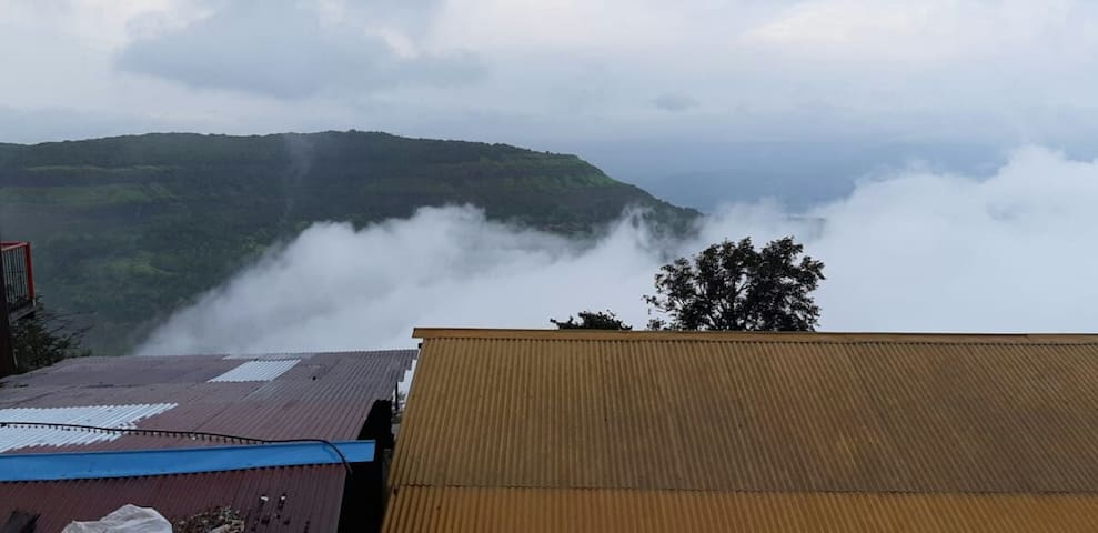 PANORAMIC HILL  VIEW & SUNRISE -Tanish Cottage