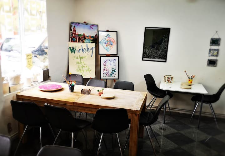 Enjoy your stay at the Art-Studio!