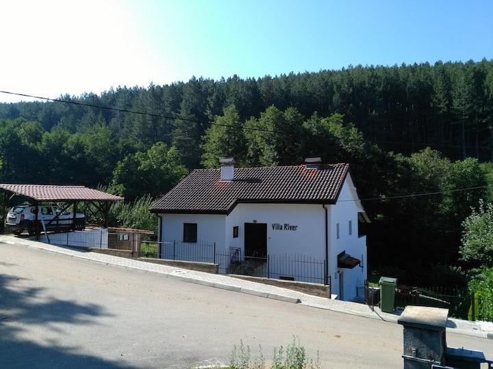 Villa River Pehchevo