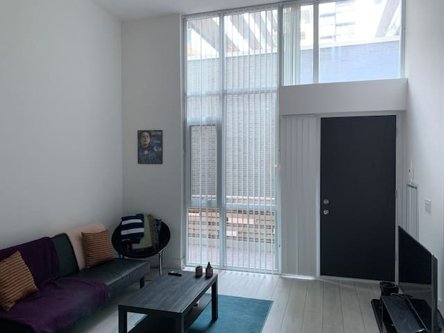 Private Room in Loft on King West Toronto