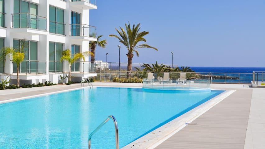 RENT your luxury PRIVATE VILLA in Cyprus, Apartment 122
