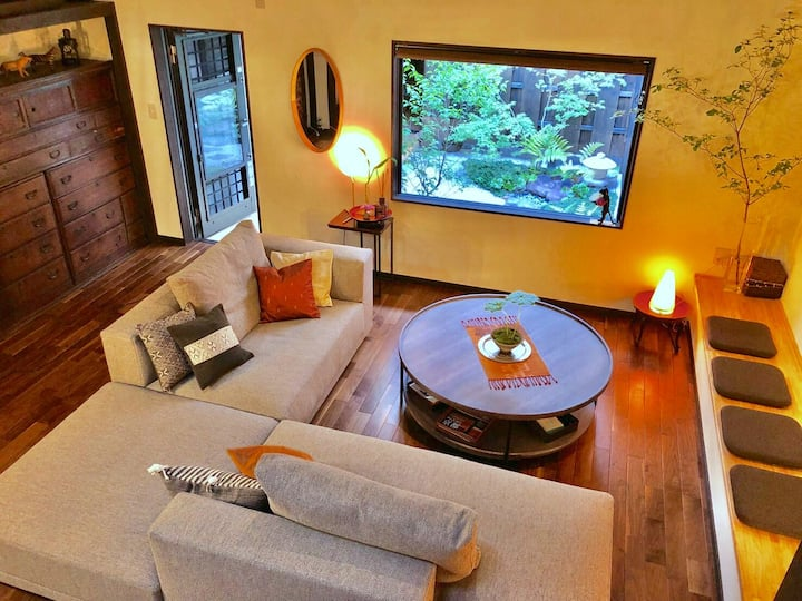 Stylish town house great access to tourスタイリッシュな京町家