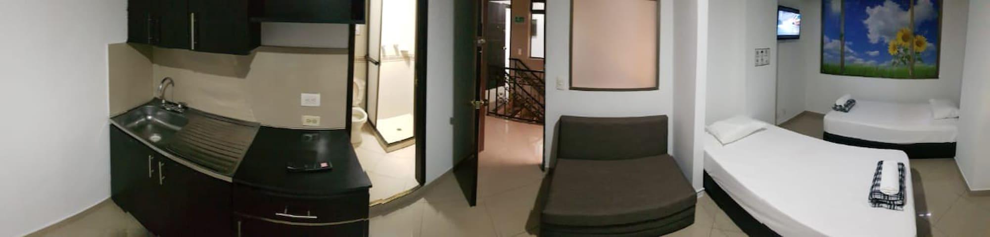 Apartamento amoblado Laureles 303 frente Unicentro