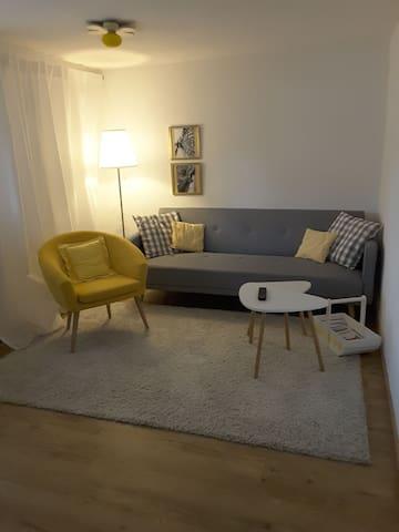 idylische 2 zi wohnung 2min zum see wohnungen zur miete. Black Bedroom Furniture Sets. Home Design Ideas