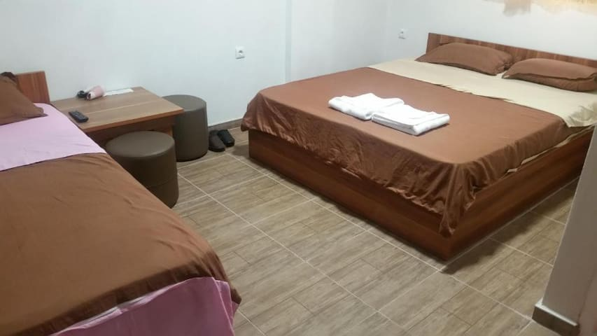 Family room for 3 persons- Motel Atika