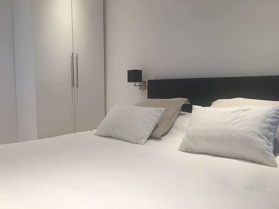 Bed Room 1: double bed for 2 persons, included: sheets & towels