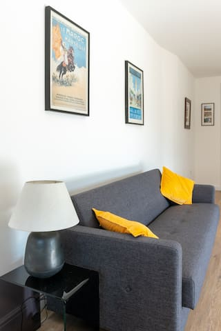 The double sofa bed in the living space