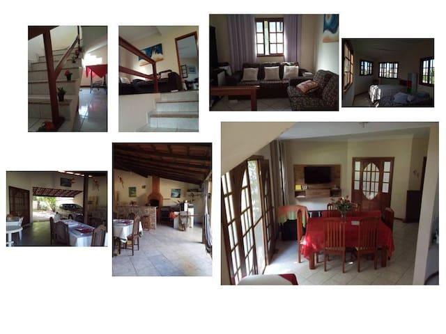 Linda casa(3Q+1mirante) em Manguinhos - Serra - House