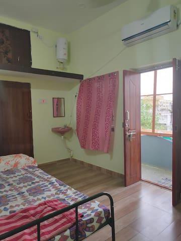 Kanchi Kamakshi Homestay