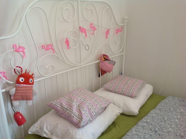Bedroom&Livingroom in Brussels Laken near Atomium. - Bruxelles - Condominio
