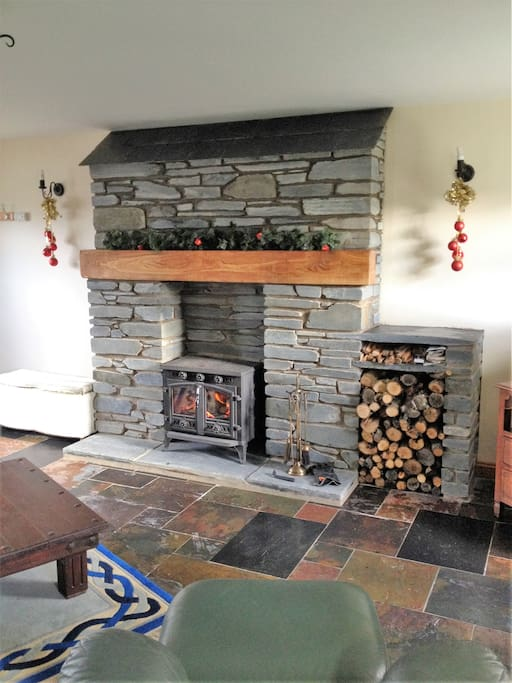 Wood Burning Stove Offering a Cosy Welcoming Lounge!