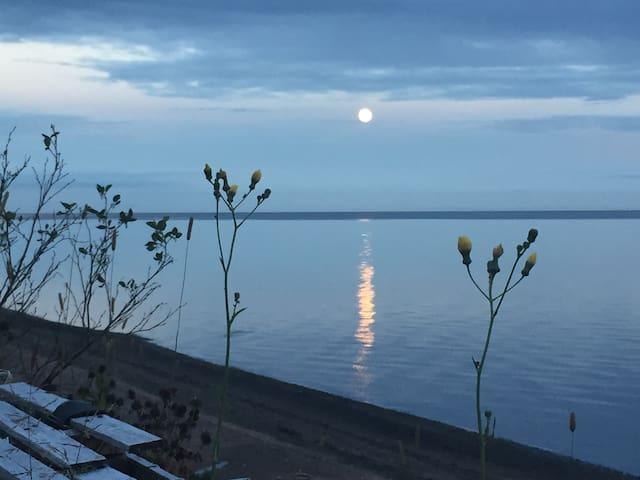 Pleine lune sur la Baie des Chaleurs